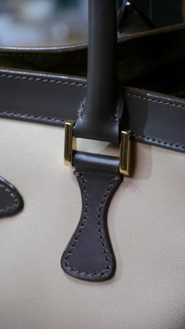 hand-bag_20121210_005